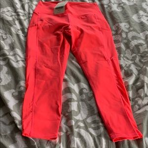 New with Tags Fabletics Bright Pink Pants! Size M
